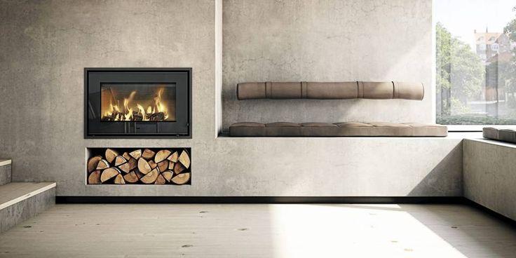 HELINTEGRERT: Peisinnsatsen Rais 700 har et ekstra stort brennkammer som gjør det mulig å brenne kubber på 50 cm, www.varmefag.no