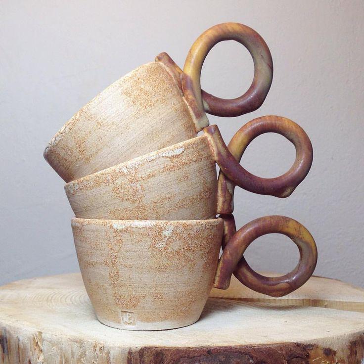 #ceramics #polyanka #polyankaceramics #ceramicdesign #mariapolyushko #машаполюшко #clay #handmade #spb #керамика #посуда  via ✨ @padgram ✨(http://dl.padgram.com)