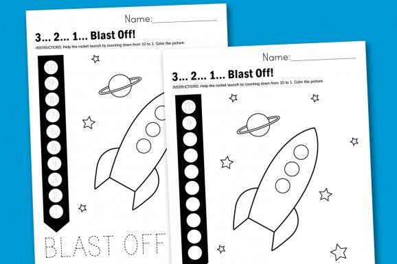 Rocket Countdown Free Printable Worksheet via @PagingSupermom