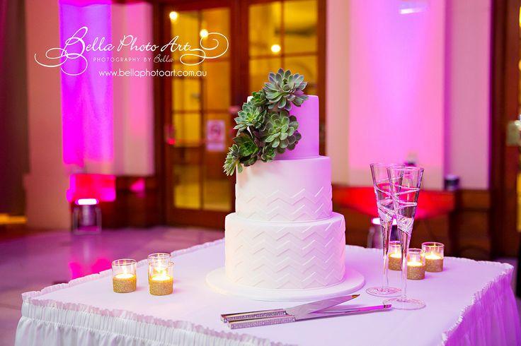 Steven and Cierwen's wedding at Crowne Plaza Terrigal. Photography courtesy of Bella Photo Art - Photography by Bella #seasalt #wedding #crowneplazaterrigal #beachsidewedding #weddingvenue #moodlighting #weddingcake