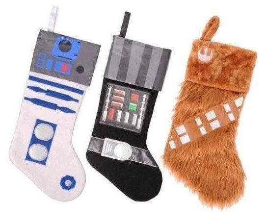 Medias de Navidad de Star Wars. | 27 Ideas geek que te van a dar ganas de decorar tu casa para Navidad inmediatamente