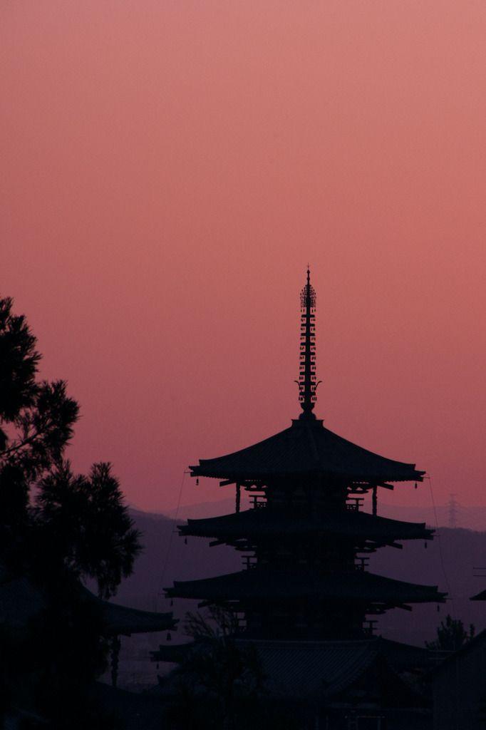 hōryū-ji temple / nara / van / photohito