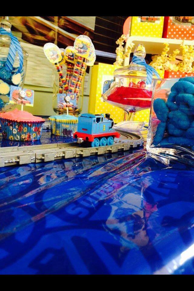 Thomas the tank candy buffet