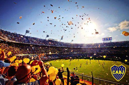 La Bombonera es uno de los estadios más famosos del mundo. Es el estadio de Boca Juniors.
