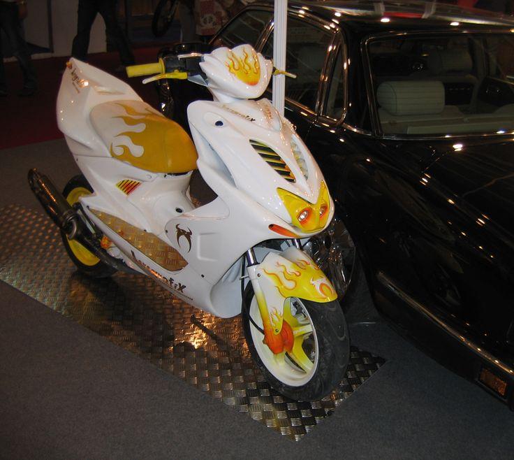 Transformación completa de una Yamaha Aerox.
