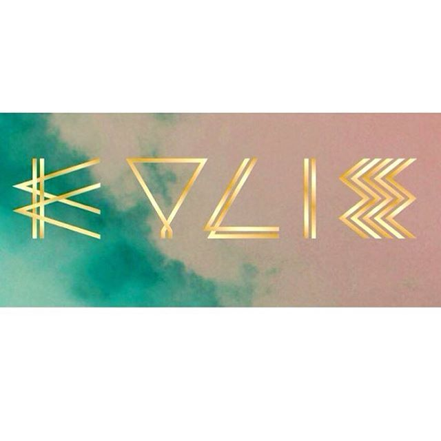 K Y L I E - The amazing #symbols for her new era 🌟 #KylieMinogue2016 🌟! • 2016 • #kylieminogue #kylieannminogue #icon #fashion #sexy #gold #dea #aphrodite