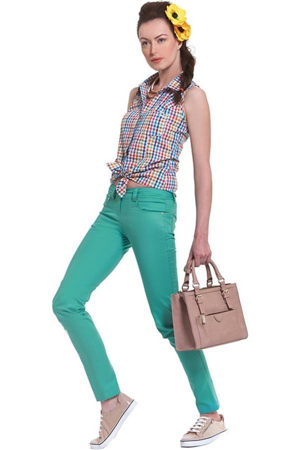 Παντελόνι καπαρντίνα ελαστική πεντάτσεπο σε στενή γραμμή με κοψίματα στις τσέπες