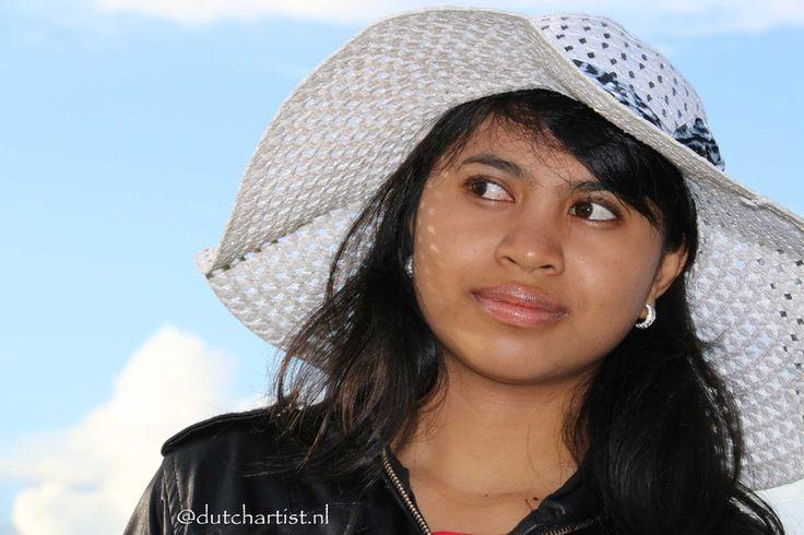 Model Indri Novi Dewi