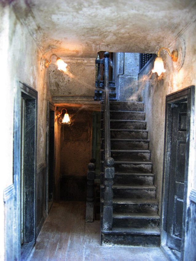 Haunted doll house - I would never do one of these, but it is an intriguing idea.