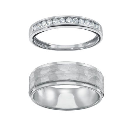 Click through to win a His/Hers set of wedding rings from Samuels Jewelers, part of our 31 Days of Giveaways!