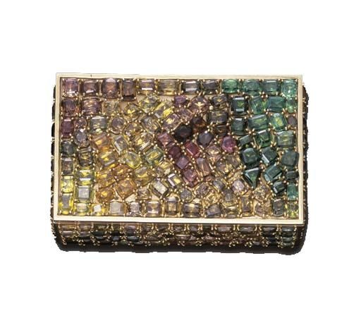Doris Duke's luscious gem-encrusted vanity case by Verdura, via Jewels du Jour