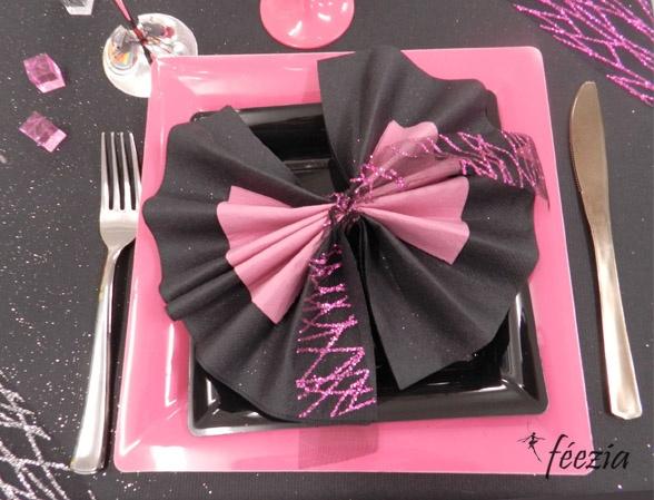 13 best pliage serviettes images on pinterest how to fold napkins napkin folding and communion - Pliage serviette mariage ...