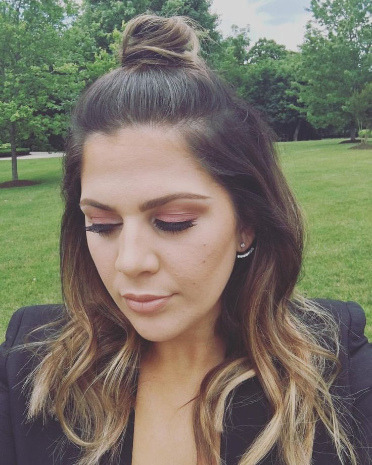"Hillary Scott on Instagram: ""Trying to make it a topknot Tuesday!  {glam: @lindsay.doyle }"" 31st May 2016"