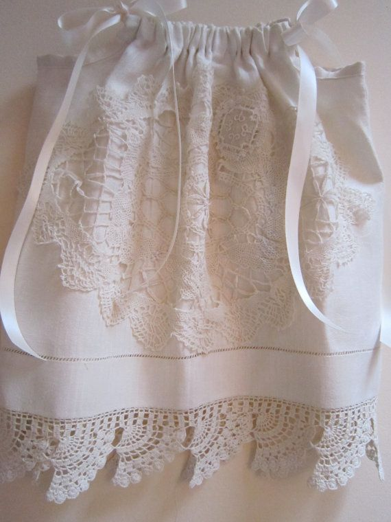 Beautiful using old pillowcase and old dolies & 226 best Easy-peasy Pillowcases images on Pinterest | Sewing ideas ... pillowsntoast.com