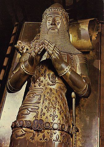 The effigy and tomb of The Black Prince (Edward, Prince of Wales), Canterbury Cathedral, Canterbury, England