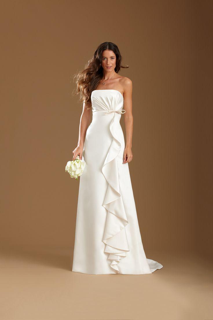 Oltre 25 fantastiche idee su abiti da sposa stile impero for Stile minimal vestiti