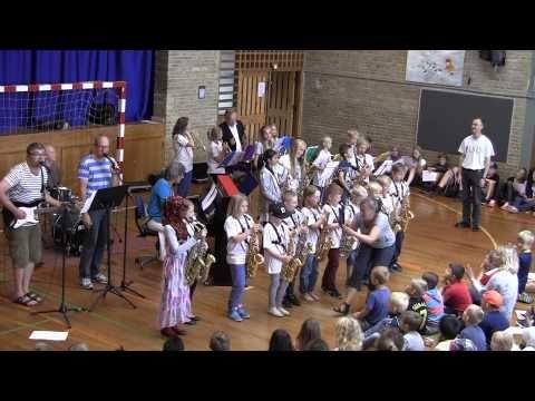 Vorrevangskolens Bigband - YouTube