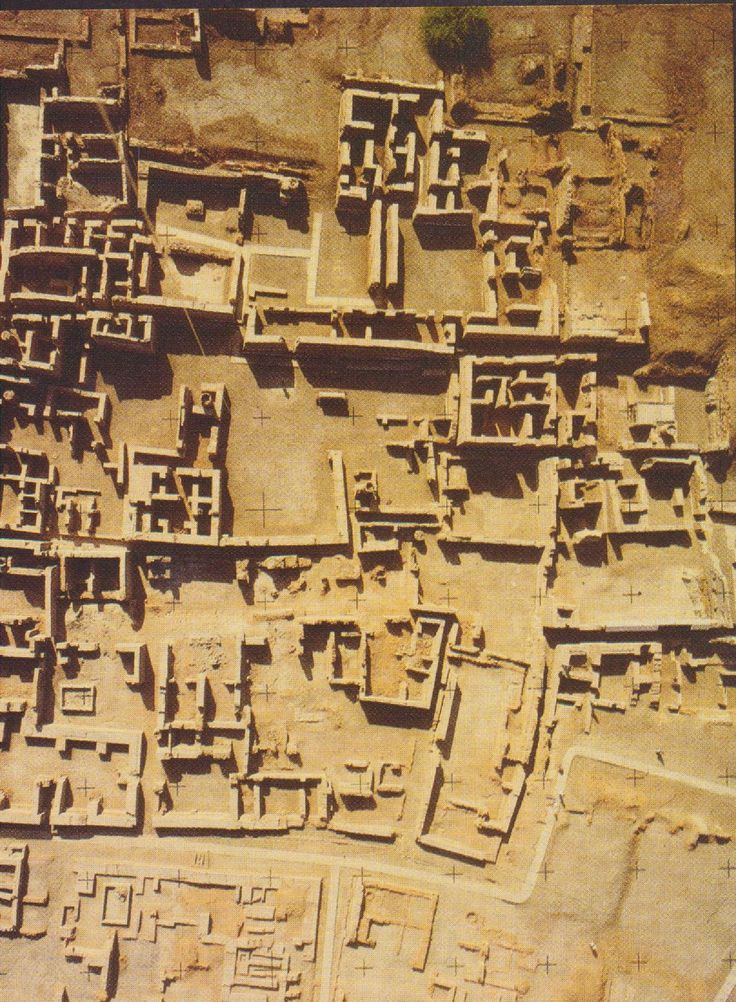 essay on the indus valley civilization 02082018 indus valley essay - beneath the himalayas, northwestern sector of the asian subcontinent was beginning stage of an evolved city life it was the.