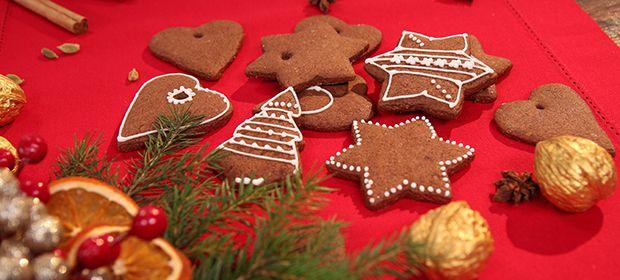 Przepisy Na Tradycyjne Polskie Potrawy Na Wigilie I Swieta Bozego Narodzenia Zobacz Co Przygotowali Kucharze Kuchni Gingerbread Cookies Gingerbread Desserts