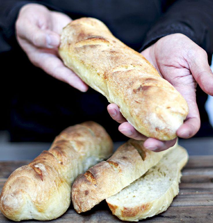 Baguettes [ ¿Cómo hacer pan en casa? ] | CocinandoconCatMan.com