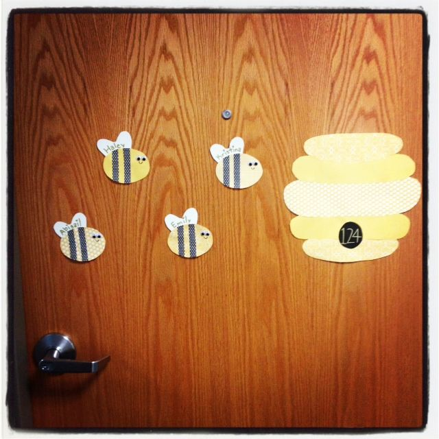 first door dec.welcome to your new hive! u003d) wish I would have seen this for suite style door decs & 563 best Bulletin Boards and Door Tags images on Pinterest | Ra ...