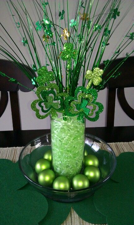 89 best st patrick 39 s day centerpieces images on pinterest centerpieces centerpiece ideas. Black Bedroom Furniture Sets. Home Design Ideas