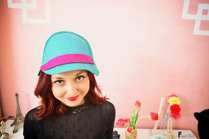 https://www.facebook.com/LoveMissHat?ref=hl #green & fuschsia cloche hat# felt hat#fashion equitation hat #equistrian felt hat # women felt hat# green felt hat