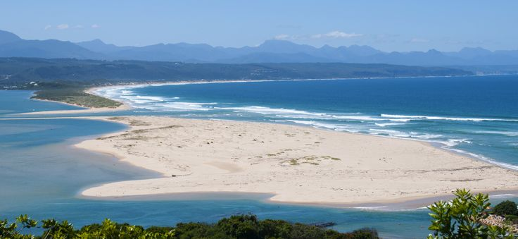 High resolution picture of the stunning Plettenbergbay Lookout beach and Keurbooms lagoon and river.