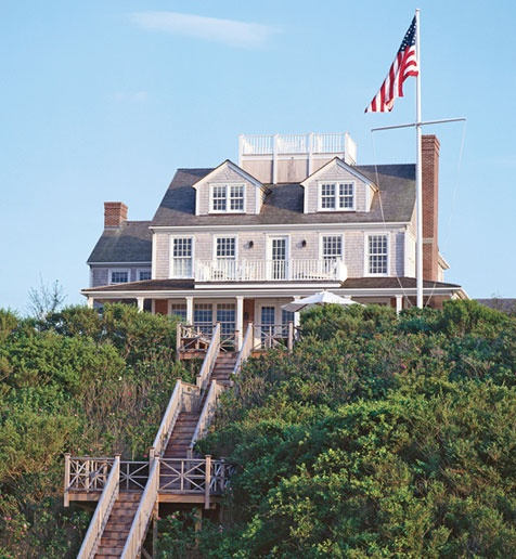 Oh, to own a beach house in Nantucket ...
