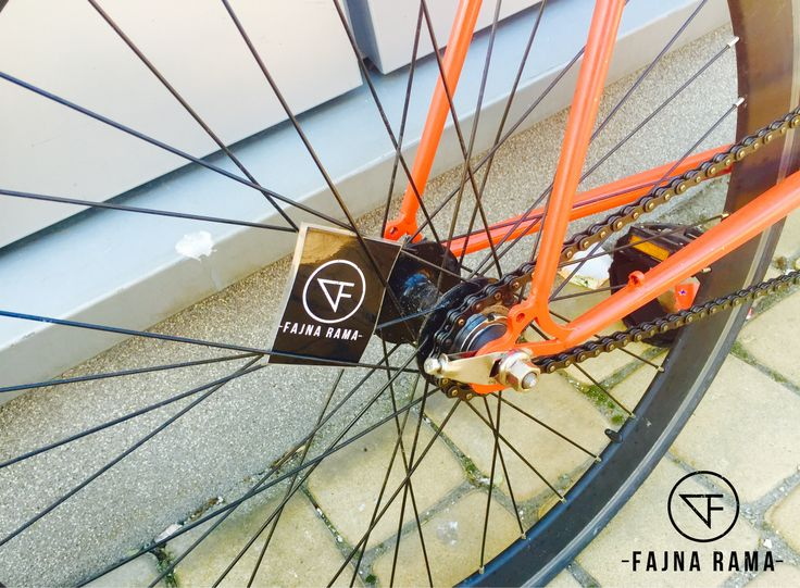 Romet Huragan.Fixie gear by Fajna Rama.   #fajna_rama #fajnarama #fixielovers #fixieporn #fixergear #fixie #bikelovers #bike #bikes #bicycles #vintage #oldbike #onegear #singlespeed #custome #restore #steel #frame #3city #gdansk