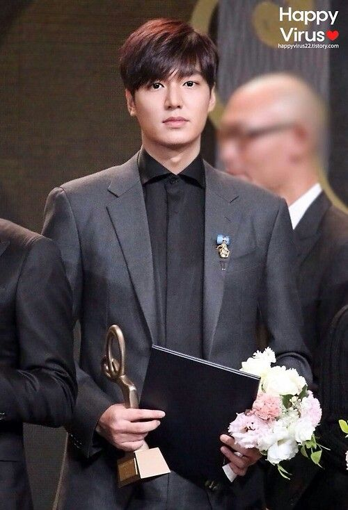 11/17/2014 Lee MinHo at 2014 Korean Popular Culture and Arts Awards