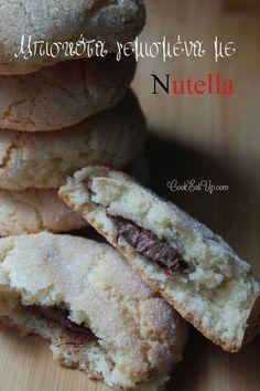 Μπισκότα γεμισμένα με Nutella
