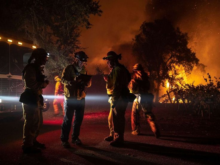 Kincade Fire Stoked By Fierce Winds Prompts New Evacuations Threatens Thousands Of Homes In Northern California California Wildfires Northern California State Parks