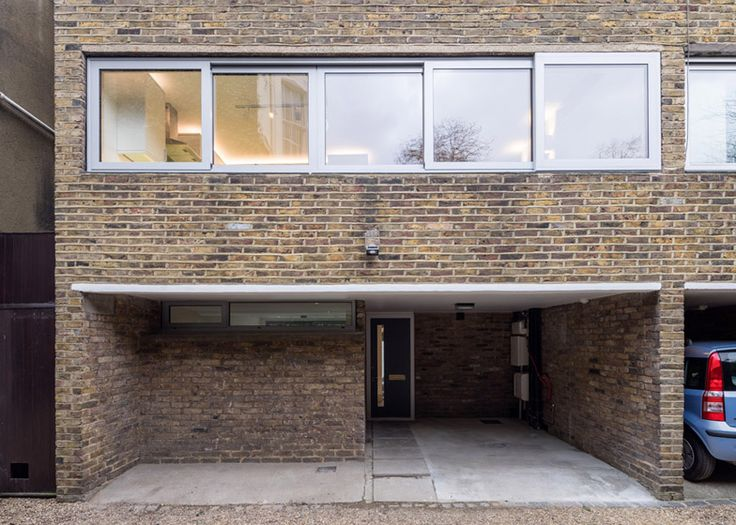 Studio Gil adds stairwell extension to a Modernist home in Primrose Hill.