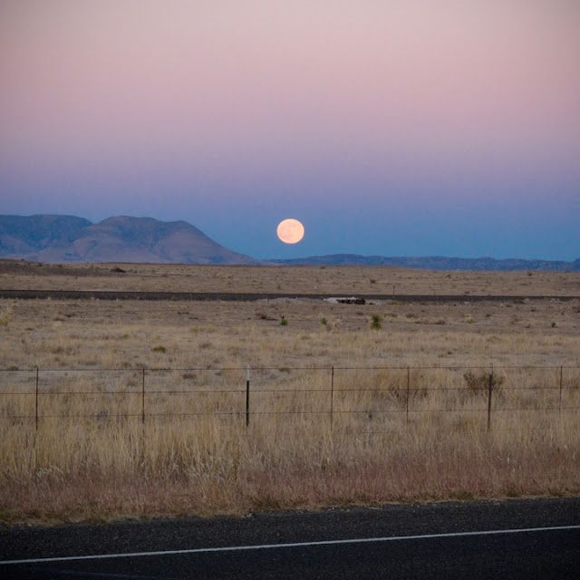marfa, texas // by reannatime
