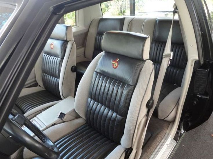 Buick Grand National Interior Muscle Cars 11