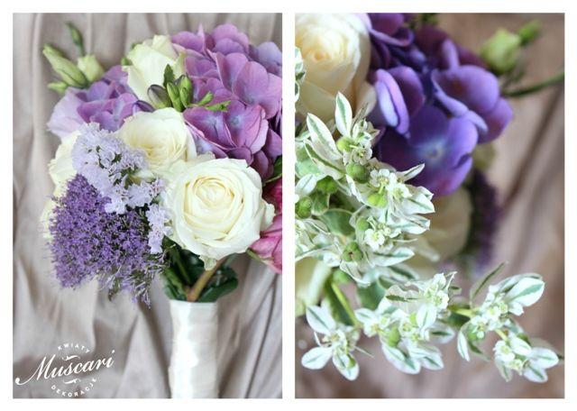 Bukiet ślubny z fioletowych kwiatów.