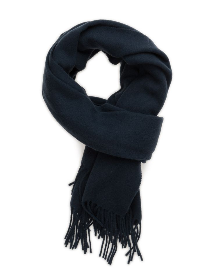 DAY - Day Tender Fringe detail Wrap around style Made from 100% wool. Elegant Sophisticated Timeless