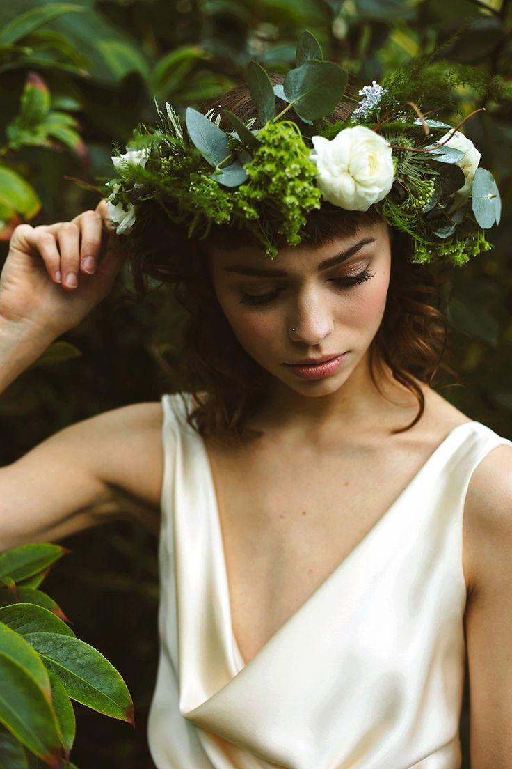 Ethereal and Elegant Botanical Winter Wedding Style