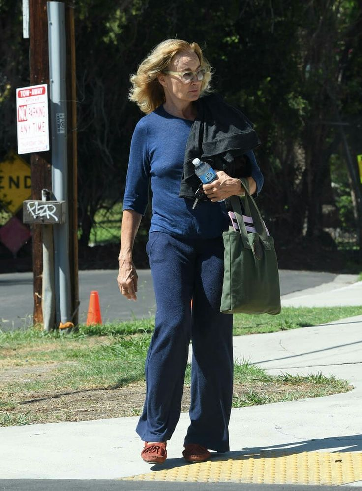 Jessica Lange leaving 20th Century Fox studios set after done shooting filming new TV series 'Feud' (Sep 29, 2016)