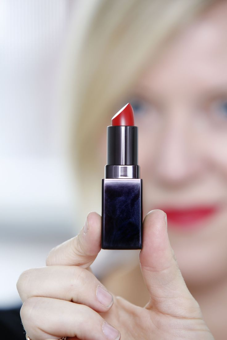 Laura Mercier #Lipstick in #Red Amour is something every #makeup lover can use for a long day. Kate Foster Lengyel founder of SwearBy, swears by this amazing product. Check out more of her Swears from #beauty to mom products, and everything in between! #simple