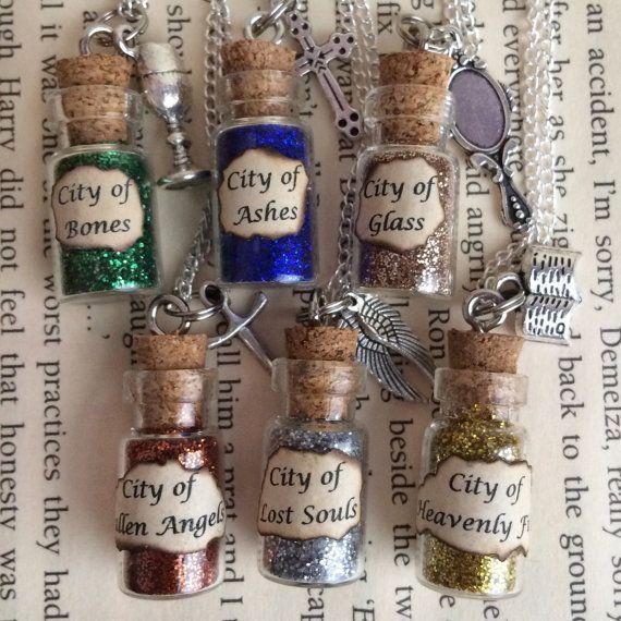 City of Bones cendres verre bouteille par EnchantedBottleCraft