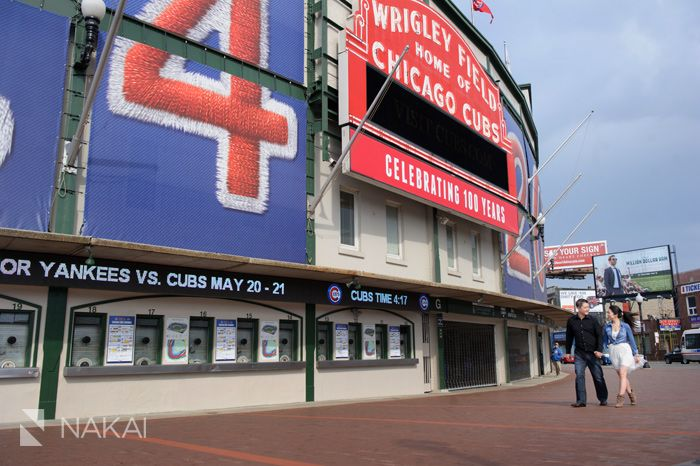 Chicago Cubs - Wrigley Field - Engagement Photos! Creative engagement pictures for the baseball fan! Chicago Engagement Photographer - Nakai Photography http://www.nakaiphotography.com