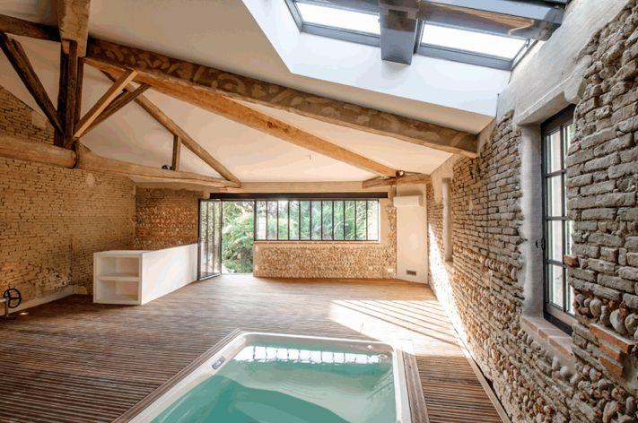 Claire Dolmaire Architecte . Toulouse . Réhabilitation d'une grange en piscine intérieure