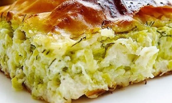 Torta de abobrinha perfeita para incrementar com outros ingredientes: frango, carne moída, frios, ou o que a sua criatividade mandar