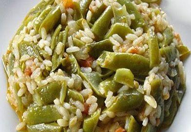 [Toplam:13  Ortalama:3/5]  Taze Fasülye Diblesi pratik yapılışı ve lezzetiyle en sevdiğim Karadeniz yemeklerinden. İddia ediyorum sizin de favoriniz