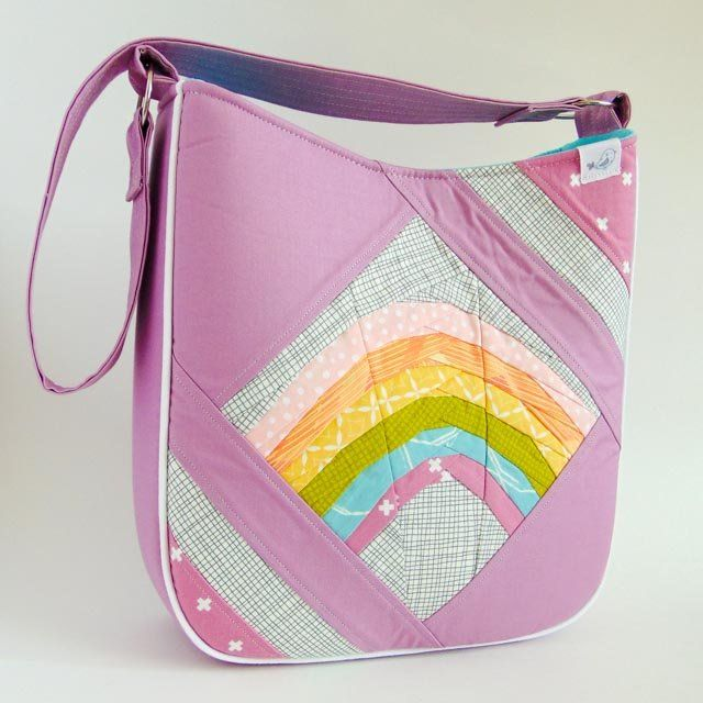Wonky Rainbow Feature Me Everyday Tote Bag