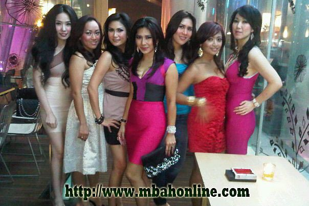 Komunitas Tante Kaya.jpg - Download at 4shared