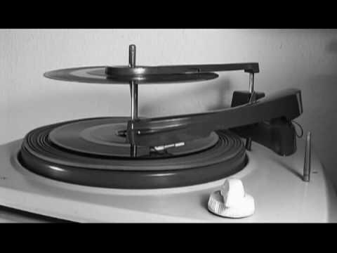 Renato Carosone - Piccolissima Serenata - 1957