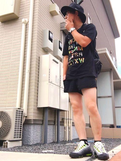 今日も暑い1日だったわ。30℃を超えてくると厳しい。 暑くても95'が履きたかったのでオールブラック